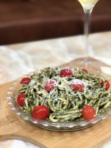 Spaghetti in Pesto Sauce..Look at the gorgeous colors