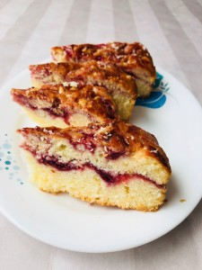 Coconut & Raspberry Cake..Look at the jam swirled in between. Gorgeous..!!